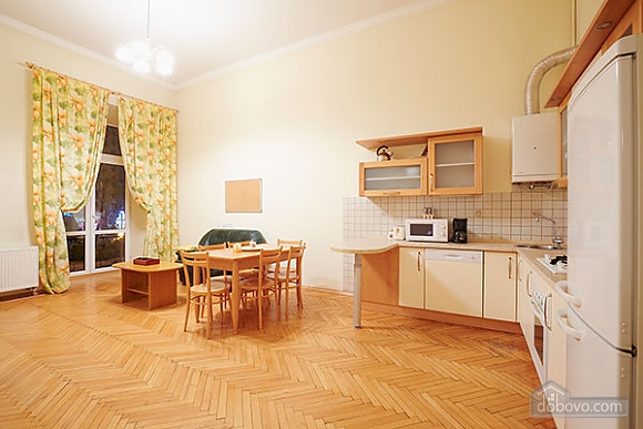 Apartment overlooking the Svobody Avenue, Trois chambres (40437), 005