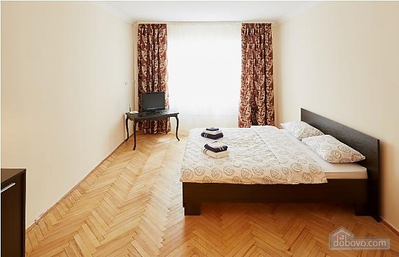 Apartment in the city center, Studio (62366), 002