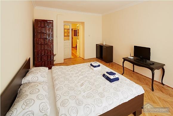 Apartment in the city center, Studio (62366), 003