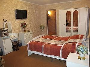 Квартира в самом центре города, 1-комнатная, 002