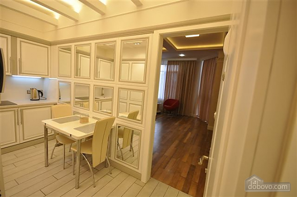 Apartment next to Shevchenko park, Studio (49015), 003