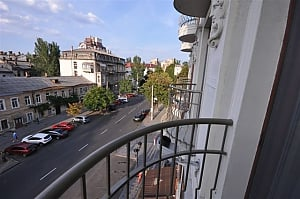 Apartment next to Shevchenko park, Studio, 002