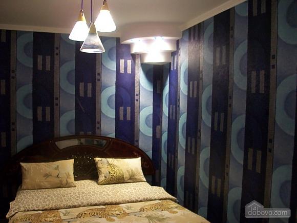 Квартира в центрі біля РАГСу, 2-кімнатна (27773), 005