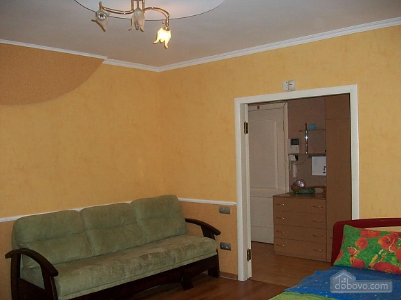 Квартира в центрі біля РАГСу, 2-кімнатна (27773), 018