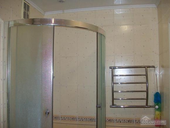 Квартира в центрі біля РАГСу, 2-кімнатна (27773), 024