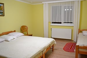 Suite for 3 people, Quatre chambres, 001