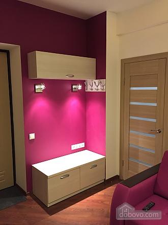 Нова квартира Люкс з Джакузі біля Міст-Сіті, 2-кімнатна (82992), 006