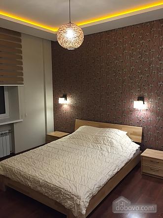 Нова квартира Люкс з Джакузі біля Міст-Сіті, 2-кімнатна (82992), 009