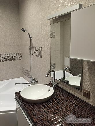 Нова квартира Люкс з Джакузі біля Міст-Сіті, 2-кімнатна (82992), 012