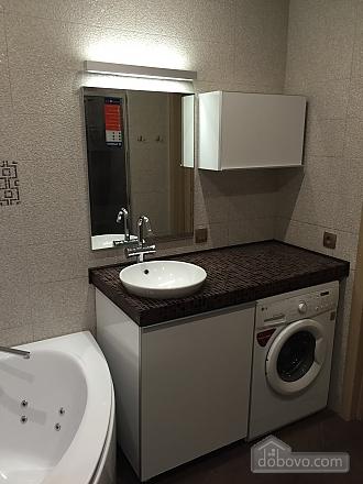 Нова квартира Люкс з Джакузі біля Міст-Сіті, 2-кімнатна (82992), 017