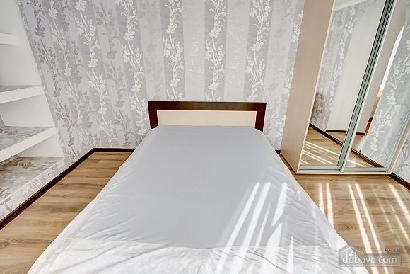 Современные апартаменты возле моря, 1-комнатная (66110), 005
