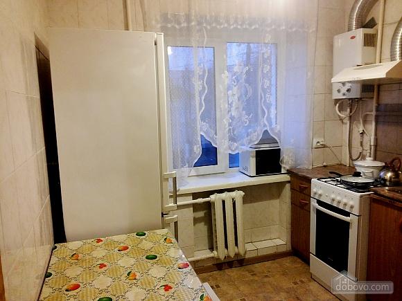 Прекрасна квартира, 2-кімнатна (70055), 003