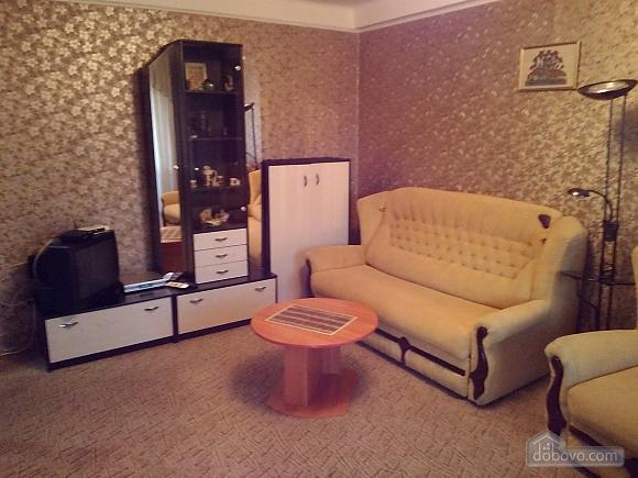 Apartment near Palats Ukraina, One Bedroom (24040), 001