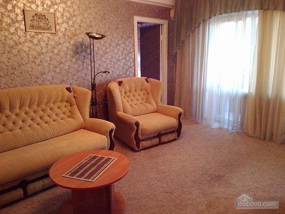 Apartment near Palats Ukraina, One Bedroom (24040), 002