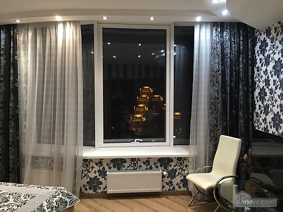 Шикарна видова квартира в Міст-Сіті, 2-кімнатна (90014), 015