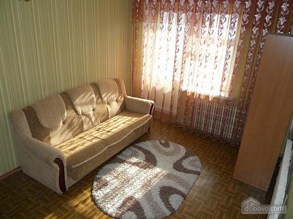 Apartment in Kosmicheskiy district, Studio (67723), 002