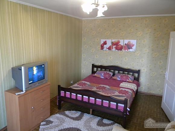Apartment in Kosmicheskiy district, Studio (67723), 001