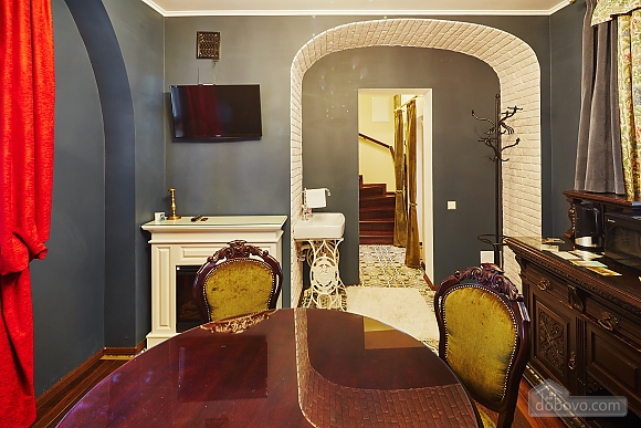 VIP apartment in the heart of old Lviv, Una Camera (84464), 004