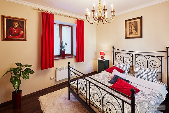 VIP apartment in the heart of old Lviv, Zweizimmerwohnung (84464), 012