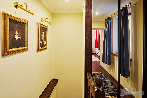 VIP apartment in the heart of old Lviv, Zweizimmerwohnung (84464), 010