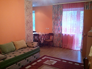 Apartment next to Vystavkovyi Center Metro station, Un chambre, 001