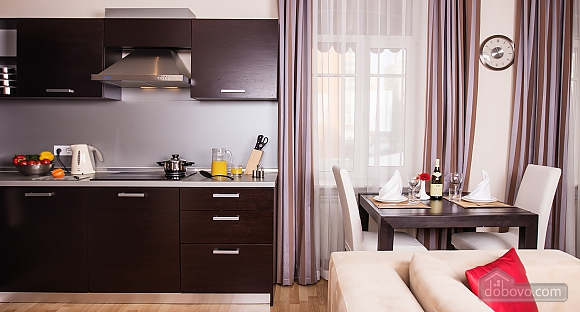 One bedroom apartment in center, Zweizimmerwohnung (64495), 002