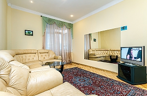 Lux apartment next to Ukraine Palace, Zweizimmerwohnung, 003