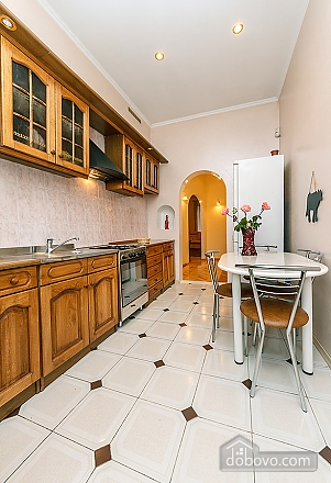 Lux apartment next to Ukraine Palace, One Bedroom (80794), 007