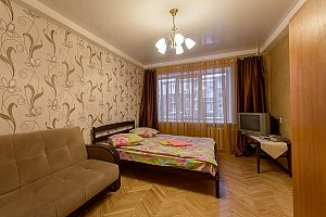 Apartment on Pechersk, Dreizimmerwohnung, 004