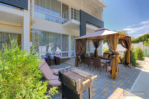 Luxury cottage with swimming pool in 3 minutes from the sea, Tre Camere (61769), 001