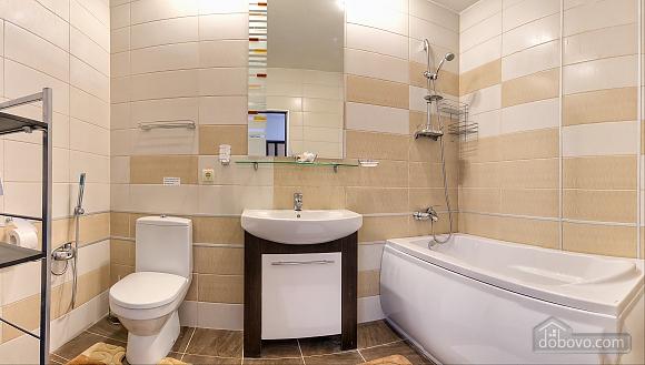 Роскошный коттедж с бассейном в 3х минутах от моря, 4х-комнатная (61769), 008