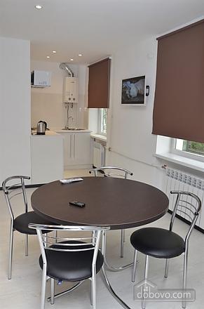 Квартира Люкс в центре Кривого Рога, 2х-комнатная (24373), 005