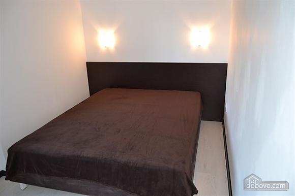Квартира Люкс в центре Кривого Рога, 2х-комнатная (24373), 012