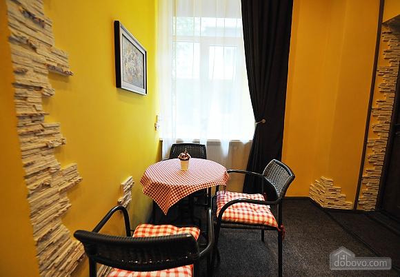 Затишна квартира, 1-кімнатна (35952), 003