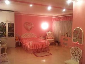 Pink apartment next to Lisova metro, Monolocale, 004