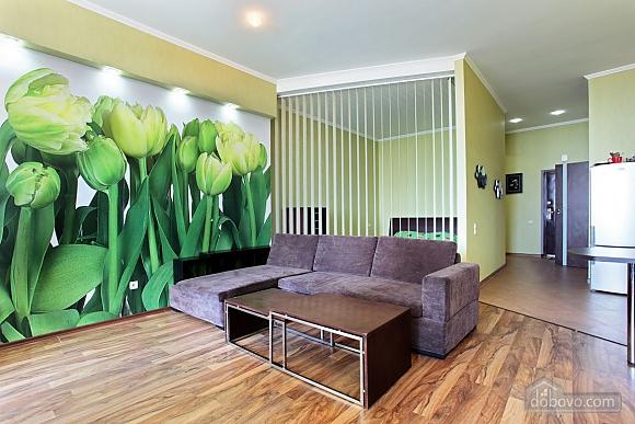 Дизайнерская студия с видом на море, 1-комнатная (38529), 002