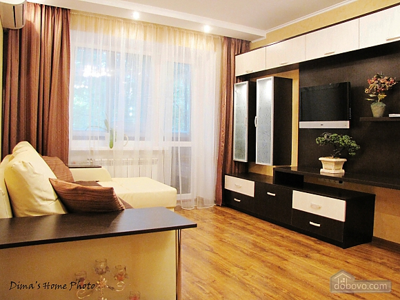VIP apartment in 10 minutes from center, Studio (51631), 001