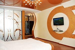 Apartment near Pozniaky metro station, Studio, 004