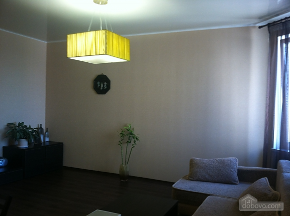 Apartment in a residential complex, Un chambre (81839), 001