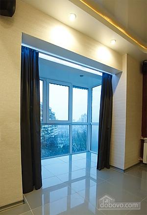 Шикарная квартира на Дворце Спорта, 1-комнатная (67485), 004