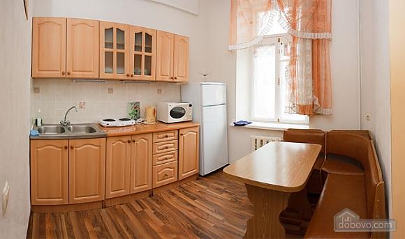 Apartment next to Olimpiyska metro, Studio (22990), 004
