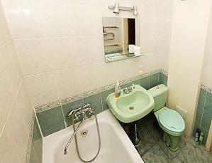 Apartment next to Olimpiyska metro, Studio, 005