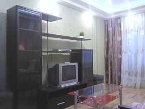Квартира біля метро Студентська, 1-кімнатна, 002