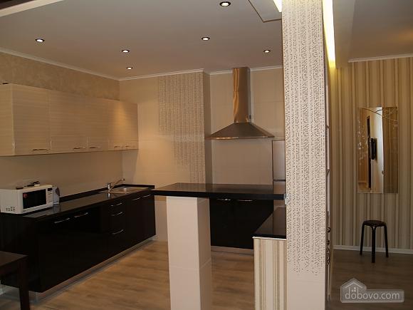 Шикарна квартира з дизайнерським ремонтом, 2-кімнатна (51481), 004