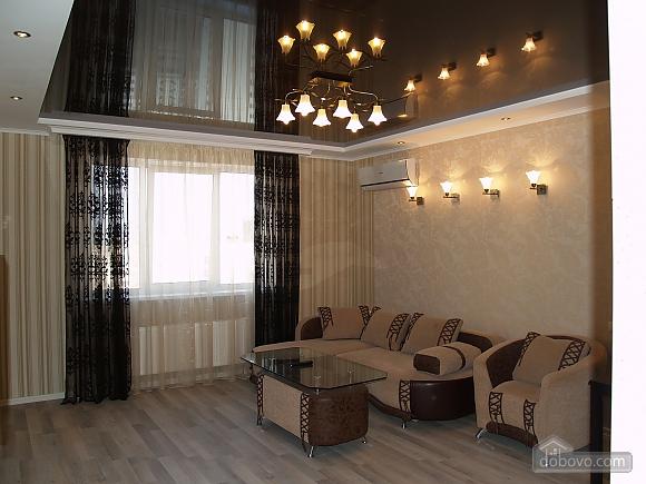 Шикарна квартира з дизайнерським ремонтом, 2-кімнатна (51481), 001