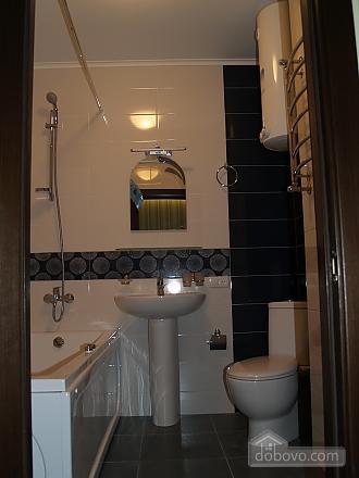 Шикарна квартира з дизайнерським ремонтом, 2-кімнатна (51481), 007