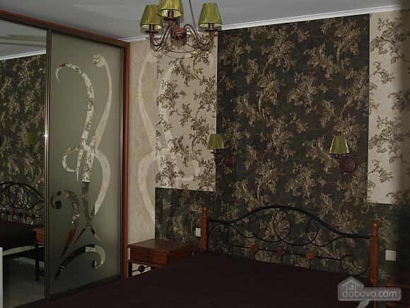 Шикарна квартира з дизайнерським ремонтом, 2-кімнатна (51481), 008