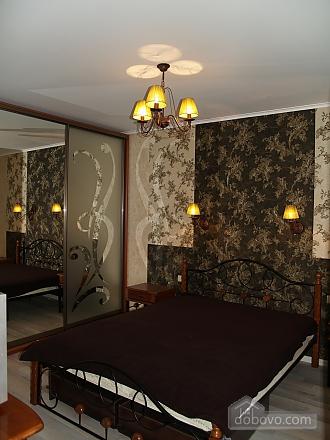 Шикарна квартира з дизайнерським ремонтом, 2-кімнатна (51481), 010