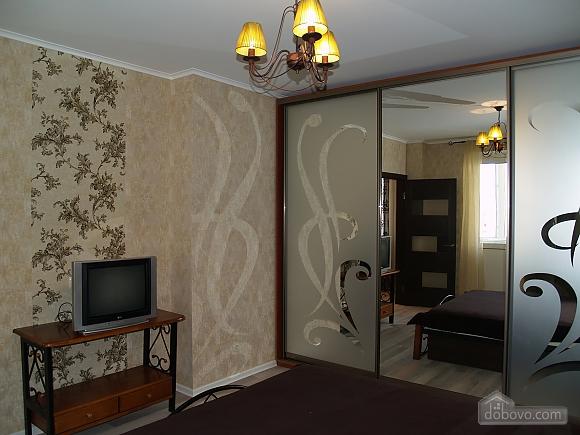 Шикарна квартира з дизайнерським ремонтом, 2-кімнатна (51481), 011