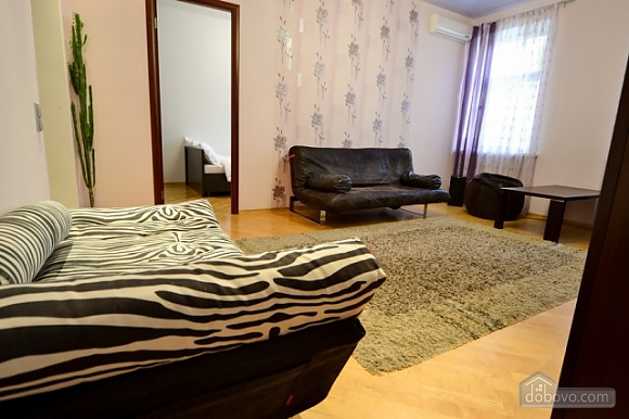 Luxury gem for groups, Vierzimmerwohnung (66230), 005